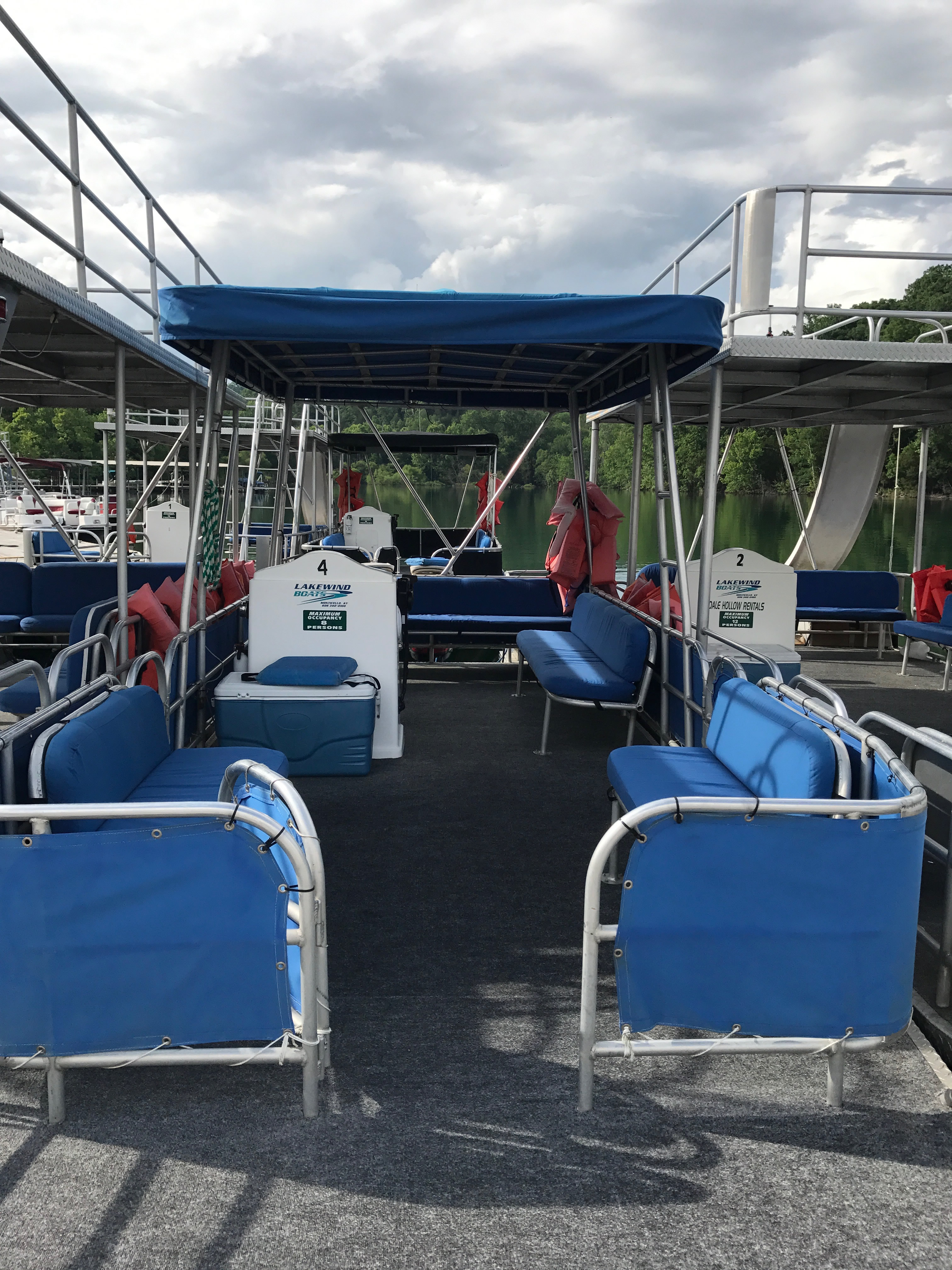 Pontoon 24 foot